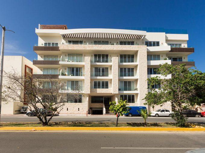marea34-fachada2-playa-del-carmen.jpg
