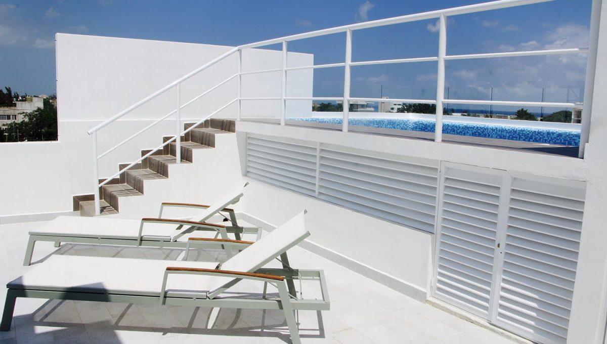 playa-alta-escaleras-playa-del-carmen.jpg