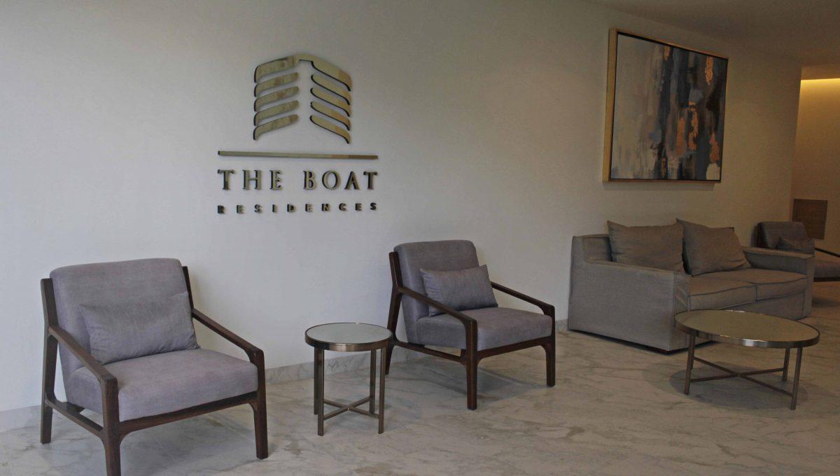 the-boat-lobby-playa-del-carmen2